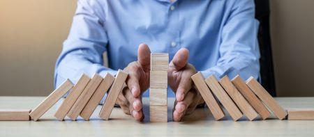 Minimal Risk Trades on Olymp Trade